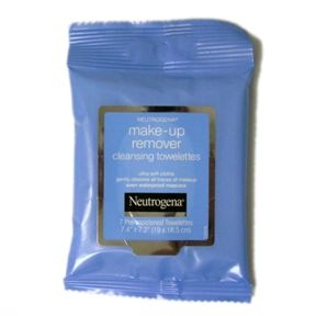 Neutrogena Make-up Remover Cleansing Towelettes C05-0322001-8200 - 7 pre-moistened make-up remover towelettes in travel size package.
