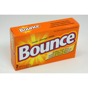 Bounce Fabric Softener D01-0213400-4100 - 2 dryer sheets in travel size box.