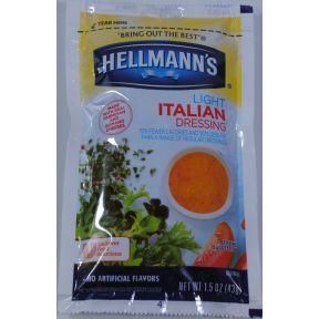 Hellmann's Light Italian Dressing F02-0000946-1300 - 1.5 oz light italian dressing in individually sealed single serving pouch.