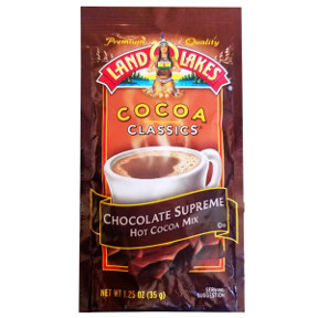 Land O Lakes Cocoa Classics Supreme Chocolate F20-1006202-7200 - 1 1/4 oz supreme chocolate flavor hot cocoa beverage mix in individual size packet. A convenient travel size for on the go.