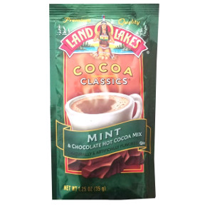 Land O Lakes Cocoa Classics Mint & Chocolate F20-1006203-7200 - 1 1/4 oz chocolate and natural mint flavor hot cocoa beverage mix in individual size packet. A convenient travel size for on the go.