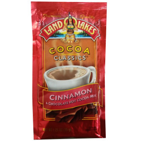 Land O Lakes Cocoa Classics Cinnamon & Chocolate F20-1006211-7200 - 1 1/4 oz cinnamon and chocolate flavor hot cocoa beverage mix in individual size packet. A convenient travel size for on the go.