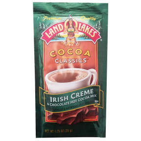 Land O Lakes Cocoa Classics Irish Creme & Chocolate F20-1006213-7200 - 1 1/4 oz Irish creme and chocolate flavor hot cocoa beverage mix in individual size packet. A convenient travel size for on the go.