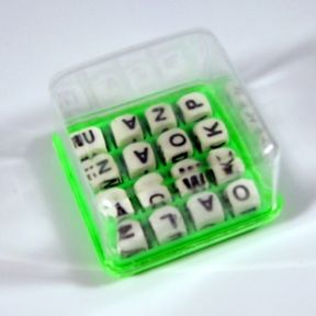Mini Word Puzzle Game G01-0259901-8000