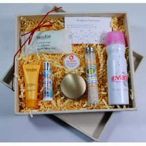 At Home Spa & Facial Gift Set K01-0459921-3300 - 9 boutique personal care products in an eco-friendly flower seeded paper box. Plant the box and it grows flowers!