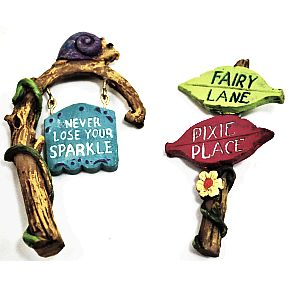 Polystone Mini Fairytale Signs (2 pc set) U03-0601232-0592-2 pc set of mini fairy style signs. Garden décor.