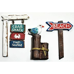 Polystone Mini Seaside Welcome Signs (3 pc set) U03-0611232-0193-3 pc set of 2 signs and sea bird. Garden décor.